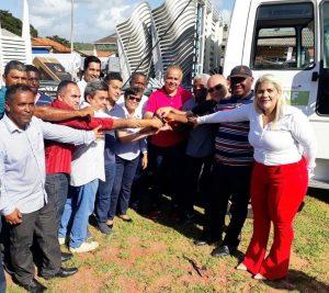 Governo entrega equipamentos agrícolas a cidades do Litoral Ocidental