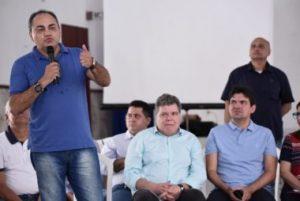 Isaac Filho apresenta proposta para reduzir impostos a população, durante Caravana